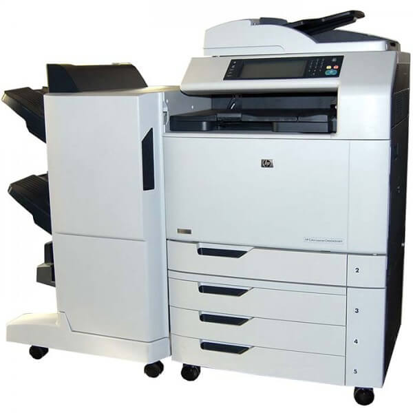 HP Color Laserjet CM6040f MFP mit Finisher